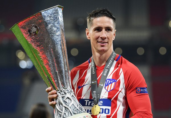 Torres with the Europa League Trophy