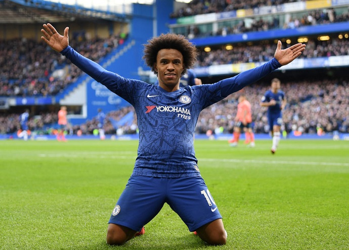Juventus join Arsenal and Spurs for Willian's signature
