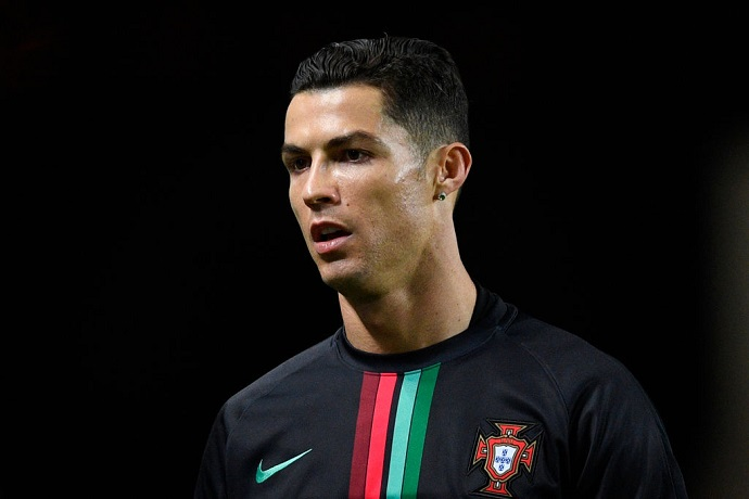 Official: Cristiano Ronaldo tests positive for Covid-19