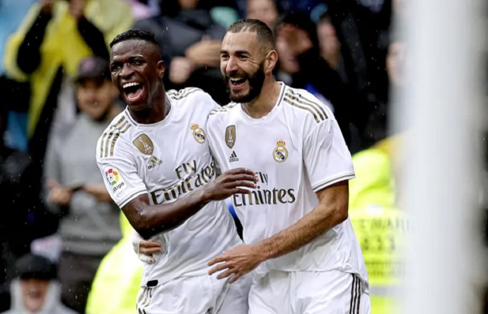 Vinicius comments on playing alongside Benzema at Real Madrid