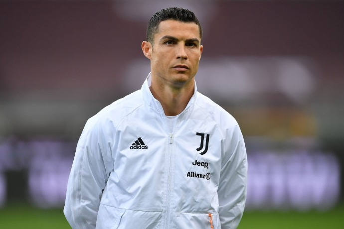 According to reports, Juventus is seeking two PSG players in exchange for Ronaldo.