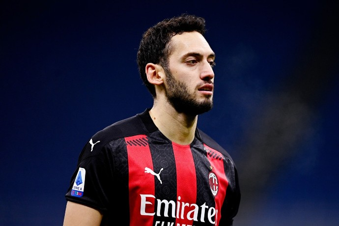 Juventus suffers a setback as Milan closes in on a new contract with their desired player.